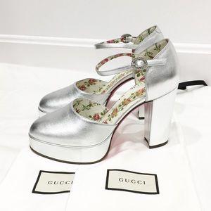 Gucci Silver platform ankle strap her Sz 38.5 NWT